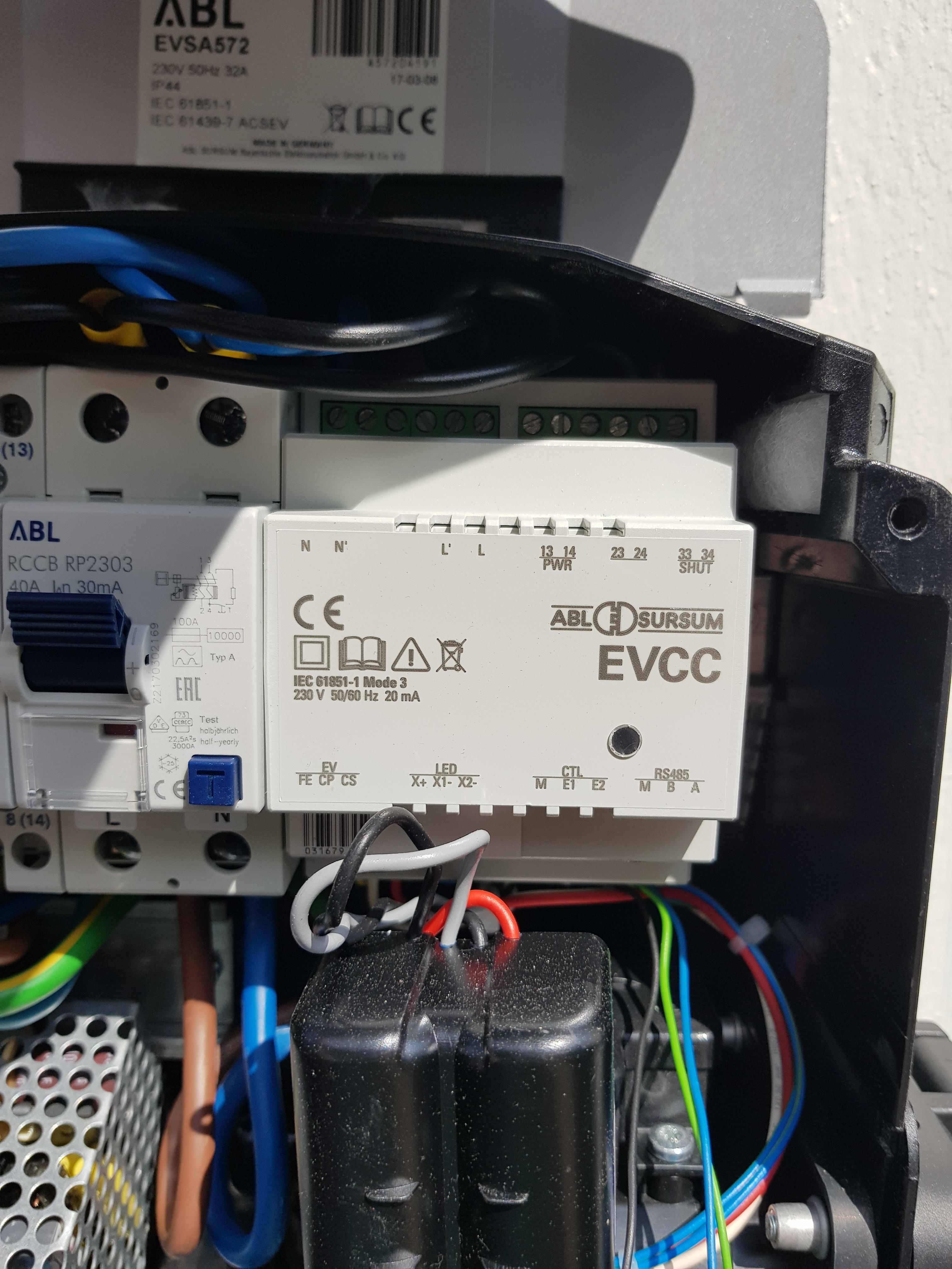 Styre Salto elbilladere Strømsparing og strøm overvåkning